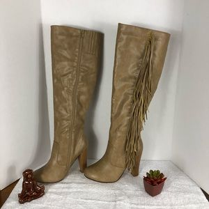 CHASE & CHLOE KNEE HIGH FRINGE HEELED BOOT SZ 6.5